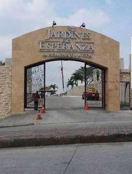 LOTE DOBLE EN TIERRA +OSARIO JARDINES DE ESPERANZA
