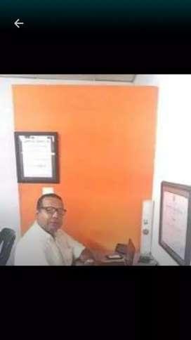 CARLOS LORA, ABOGADO TITULADO