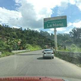 Terreno de 990.78 metros cuadrados con casa 29.50 de frente 33 de profundidad ubicación Recinto el Progreso Cantón Pujil