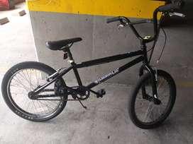 Bicicross marca Mongoose