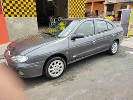 Renault Megane full equipo año 2003 9/10
