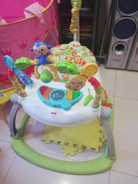 Venta lindo jumper Fisher price