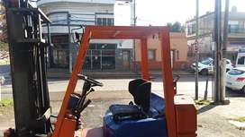Autoelevador Toyota 1500 kg 4.5 mts
