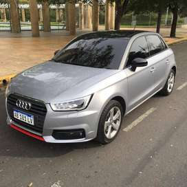 Audi A1 sprotback stronic impecable. UNICA MANO