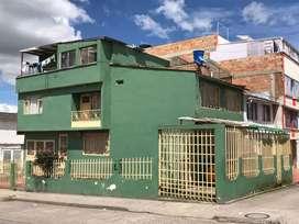 Vendo casa Esquinera  en Villa Flor 2