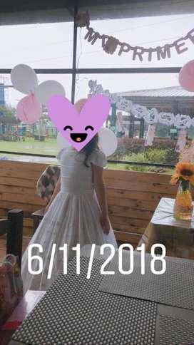 Vendo hermoso vestido Primera comunin intacto1postura