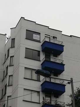 Apartamento en Providencia cerca a todo. 3 habitaciones, 2 baños, guardilla para almacenamiento. Hermosa vista.