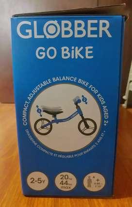 Bicicleta de imlpuso para niño nueva y de muy buena marca