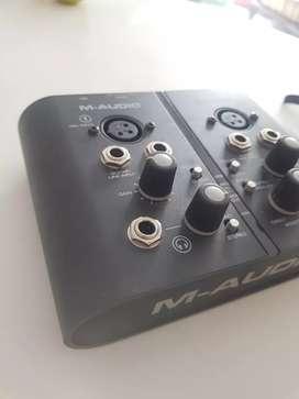 Interfaz M-audio 10/10