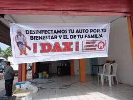 Ayudante de lavandería de autos