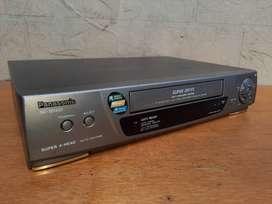 VHS Panasonic NV-SD430 con Control Remoto - De oportunidad