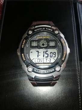 Reloj metálico acuatico marca CASIO original.