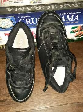 zapatilla importada de EE. UU.