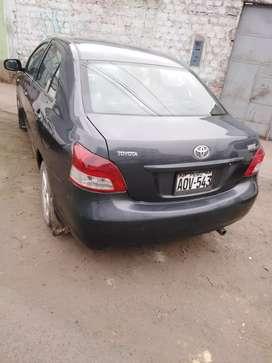 Auto Toyota yaris en venta