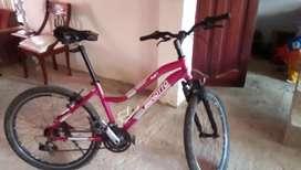 Bicicleta todo terreno Benotto en aluminio