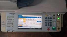 fotocopiadora RICOH MP2550 en blanco y negro