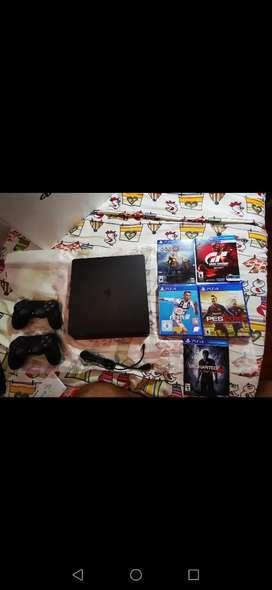 PS4 slim 1 TB, 2020