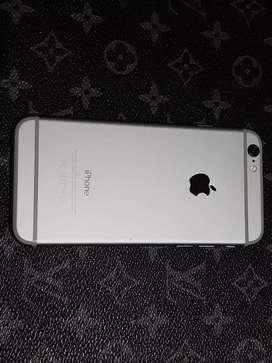 Celular iPhone 6.  16 g.