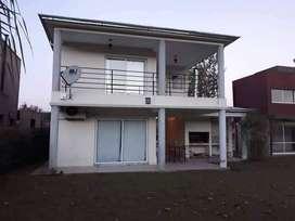 Vta casa Vera Terra - FINANCIADA TOTALMENTE RECICLADA  Seña: U$S 85.000 6 cuotas: U$S 15.000 Con escritura   terreno: 45