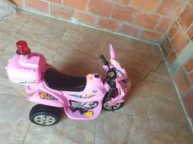 VENDO MOTO ELECTRICA RECARGABLE