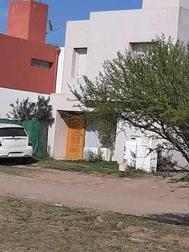Alquiler CASA B Cerrado Campo de Vuelo Etapa 3, Valle Escondido