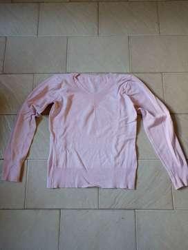 Sweaters usados 1x$200, 2x$300