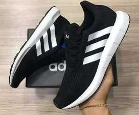 Tenis adidas swift Run Unisex