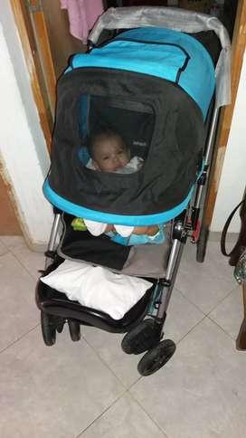 Corral y coche para bebe