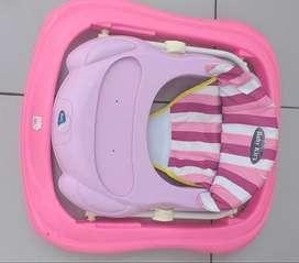 Andador para Niña marca Baby Kits en buenas condiciones