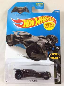 Hot Wheels Batmobile Dawn of Justice Batman vs Superman