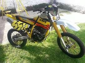 Vendo Suzuki dr 350r