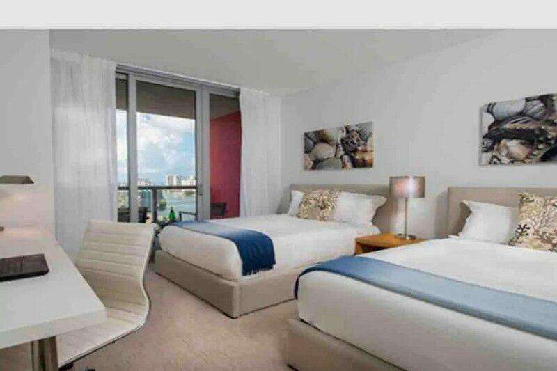 Dpto en Beachwalk Resort 2 camas Queen Ubicación Hallandale Beach Boulevard 2602, Miami, Florida 0