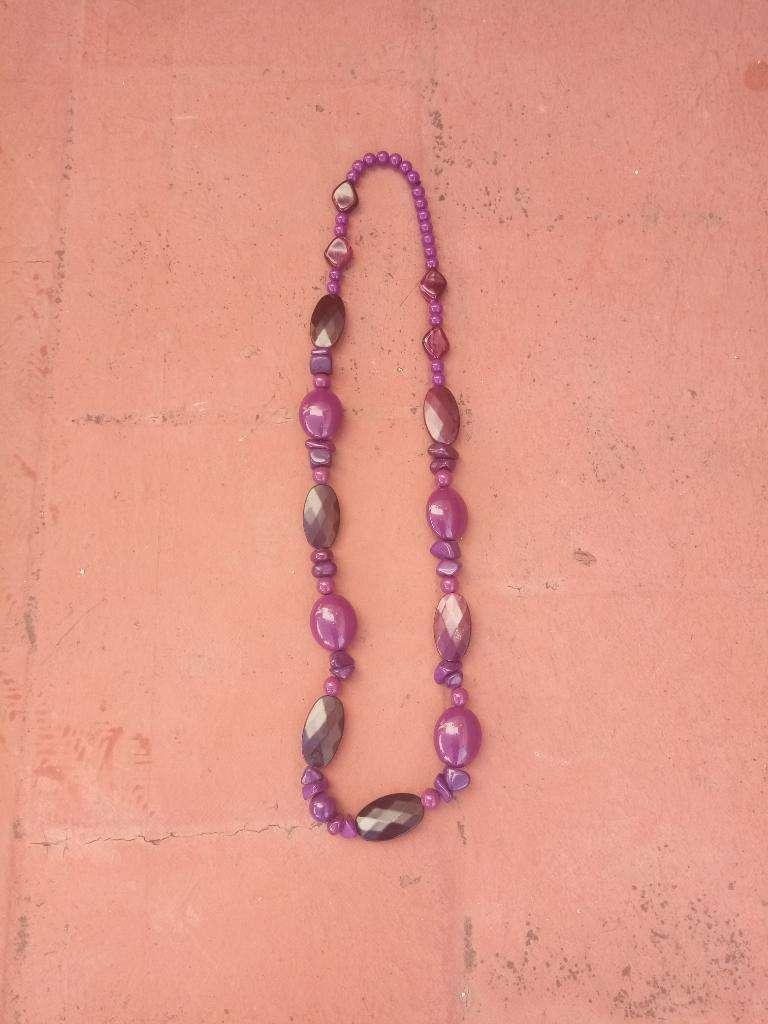 Collar Violeta 0