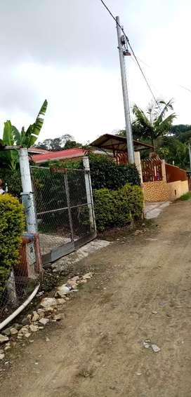 Vendo Casalote vereda bosachoque centro fusagasuga vía Piamonte