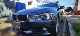 Vendo por viaje BMW modelo 2014