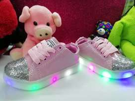 Hermosos calzado para Niñas