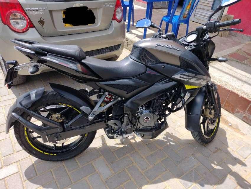 Venta Moto NS 200 - Como Nueva.