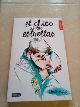Vendo libro El chico de las estrellas Chris Pueyo