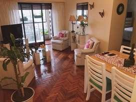 Se vende departamento 3 ambientes y medio con balcón! Zona comercial AVELLANEDA. IMPERDIBLE!