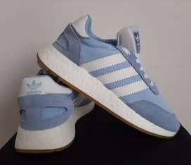 Adidas Originals: Tenis I - 5923.