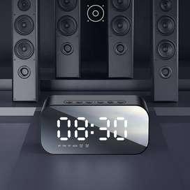 Parlante Bluetooth Fm Reloj Despertador X Mayor