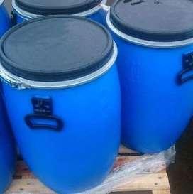 $ 65.000 Tambo de 60 litros con tapa y zuncho