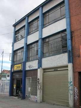 CHAPINERO, VENDO EDIFICIO CON PARQUEADERO