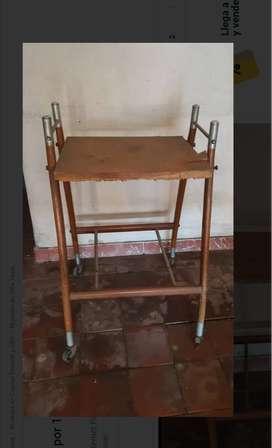 Mueble Mesita Portable Vintage - Hurlingham