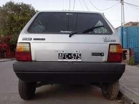 Vendo o permuto Fiat uno SCR modelo 95