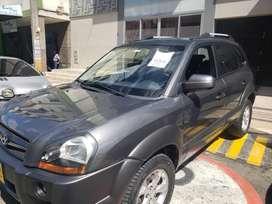 Hyundai tucson unico dueño, papeles nuevos, full mantenimiento