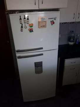 Reparación de Nevera Congelador a domicilio