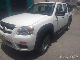 Vendo Camioneta Mazda 4x4 año 2010