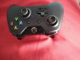 Control xbox one, nuevo, sin uso