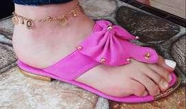 Promoción en sandalias bajas para dama